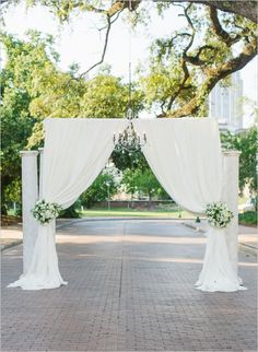 outdoor drape for ceremony